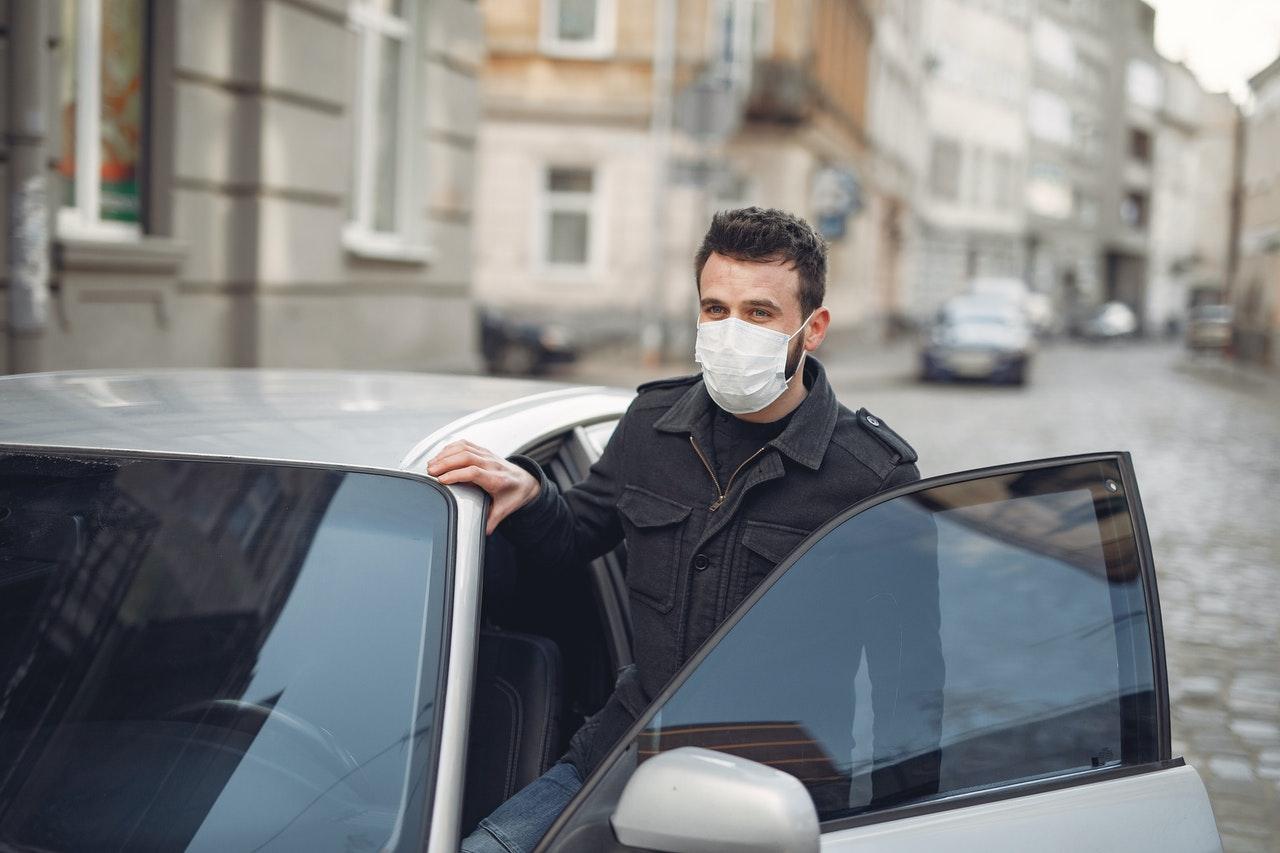 Оренда авто з водієм в Києві